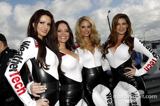 Weathertech-Girls15-03-2014-12-Hours-of-Sebring-Friday-Sebring-USA-www-xpbimages-com-EMail-requests-