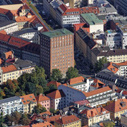 Das-Alte-Technische-Rathaus-amtliche-Bezeichnung-Stdtisches-Hochhaus-an-der-Blumenstrae-28b-in-Mnche.jpg