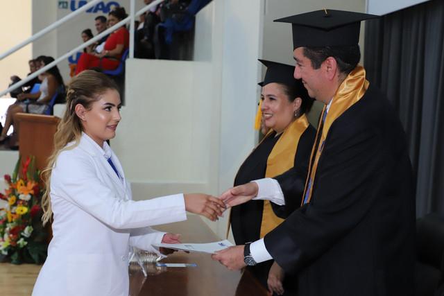 Graduacio-n-Medicina-87