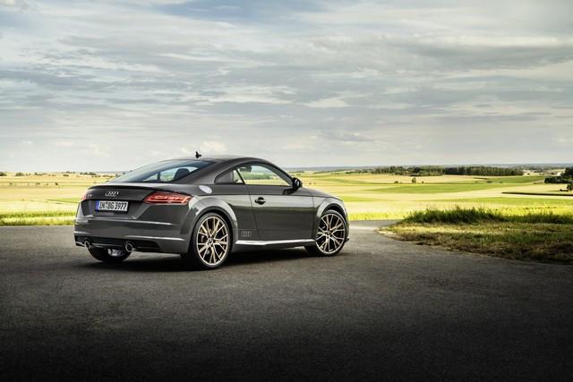 Accent sportif : l'Audi TTS competition plus A208515-medium