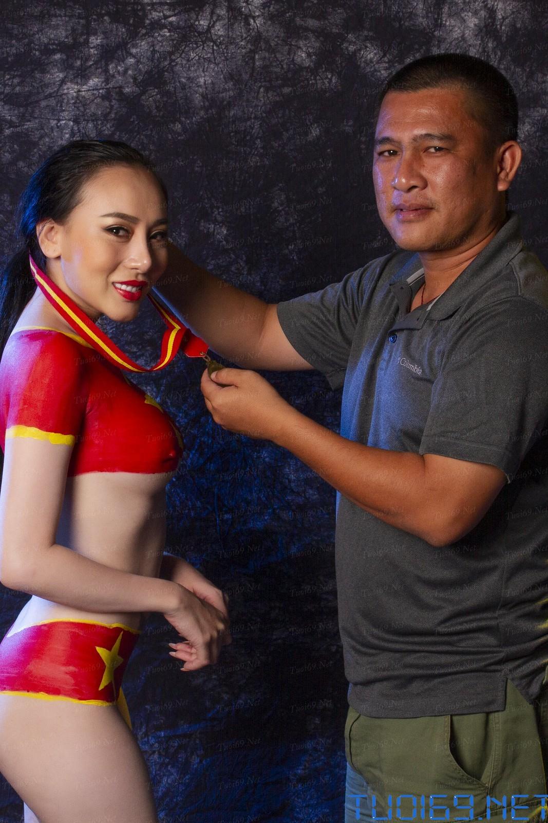 [Nude VIP] Mẫu nude cổ vũ đội tuyển bóng đá Việt Nam vô địch Seagame