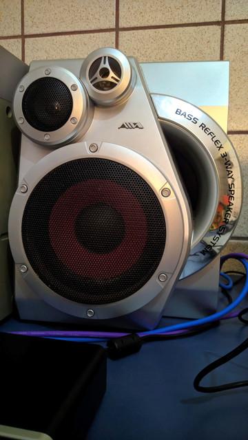 Resgatando um antigo system Aiwa, para uso como monitor/amplificador 7