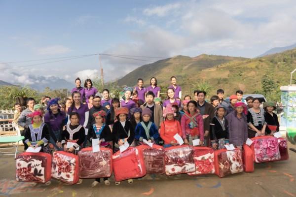 Hoa-Hau-Hoan-Vu-Viet-Nam-Tu-thien-Lai-Chau-Photo-Sang-Dao-77-1600x1200.jpg