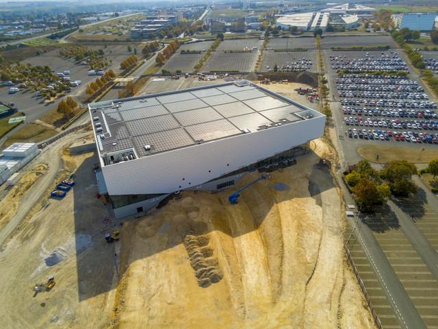 « Arena Futuroscope » grande salle de spectacles et de sports · 2022 - Page 21 103006502694-HDR