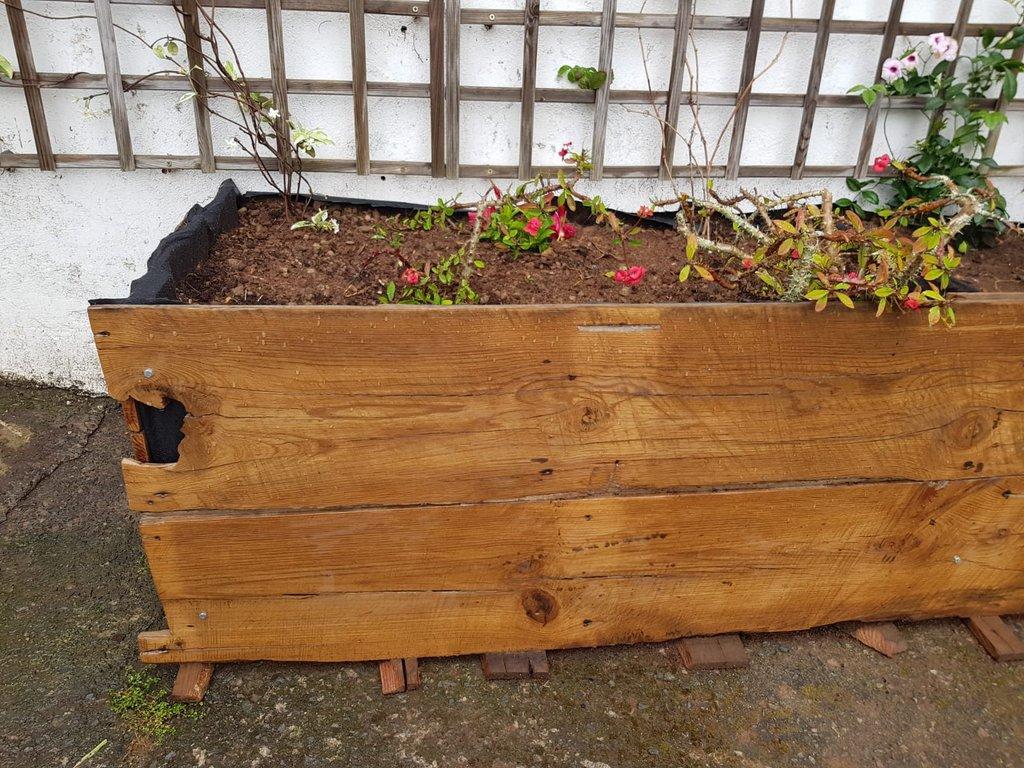 Jardinera-madera-celos-as-1.jpg