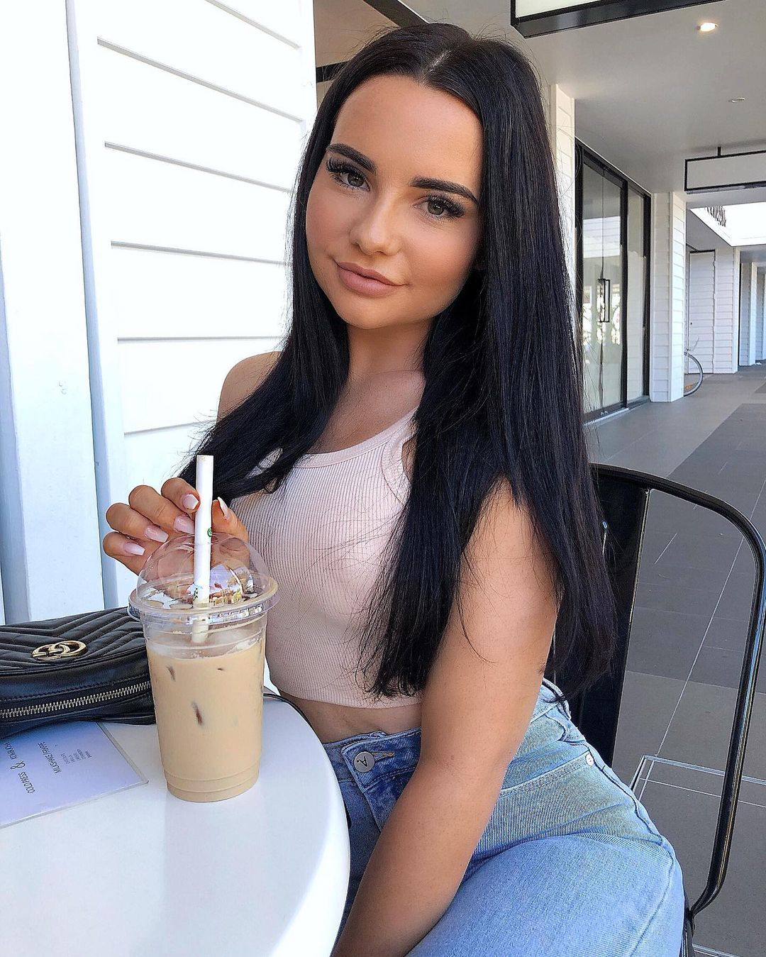 Cher-Quinn-Wallpapers-Insta-Fit-Bio-6