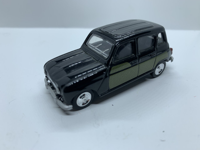 "Renault-4-L-1964"" border=""0"