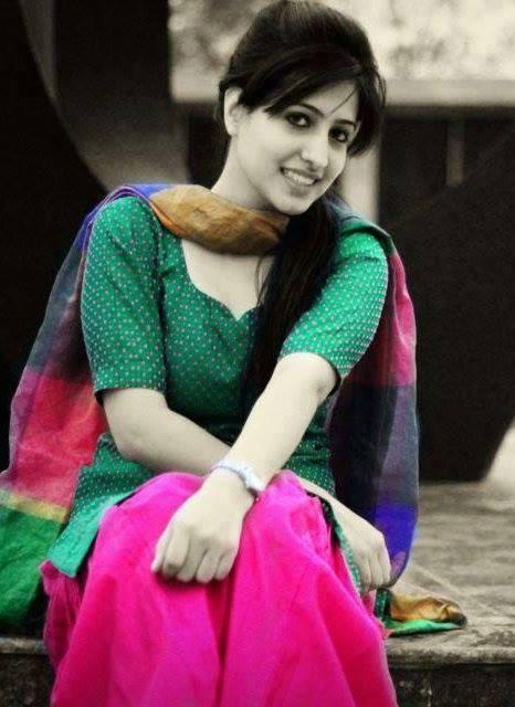 [Image: salwar-10460729-667201550023112-41351534...7102-n.jpg]