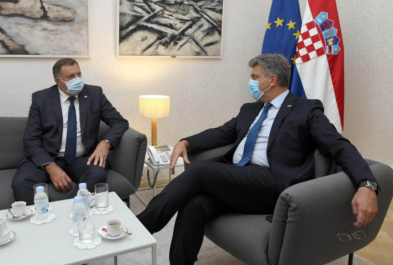 DRŽAVNI VRH HRVATSKE PRIMIO DODIKA! Milanović: 'Hrvatska neće dozvoliti jednostranu reviziju Dejtonskog sporazuma'; Plenković: 'Razgovarali o putnoj infrastrukturi'