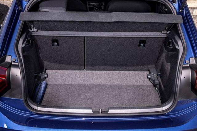 2021 - [Volkswagen] Polo VI Restylée  - Page 9 DFF1-A6-E7-08-EC-44-CE-9832-E7-B9-CFEE90-C3