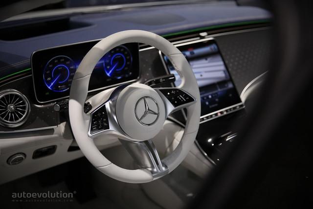 2021 - [Mercedes-Benz] EQE - Page 4 449-AB206-50-DA-443-F-9052-26-F459415-B5-E