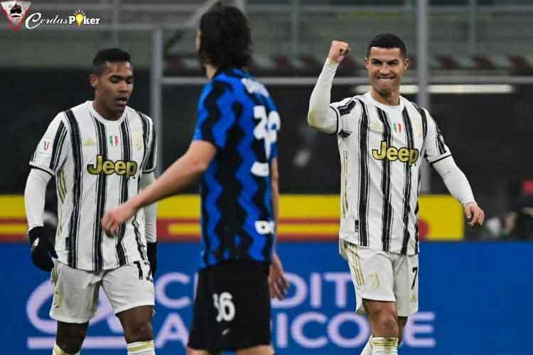 Cristiano Ronaldo Manfaatkan Dua Kesalahan Inter Milan di Semifinal I