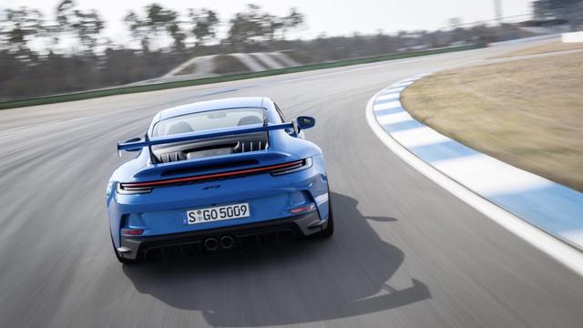 2018 - [Porsche] 911 - Page 23 DACD1289-590-D-44-F6-A41-E-454-C47-E9711-F