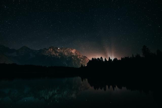 photo-of-starry-night-1421903.jpg