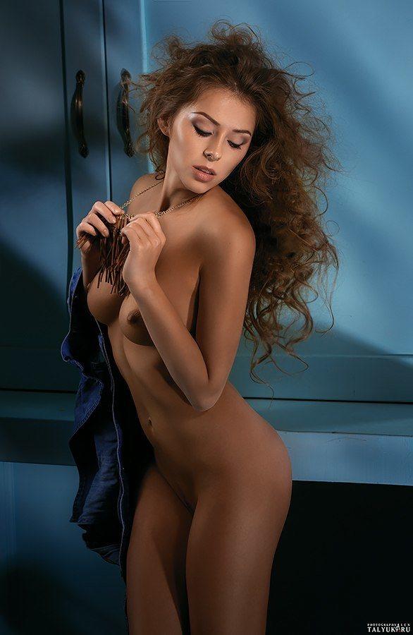 Fit-Naked-Girls-com-Dasha-Mikhailova-nude-8
