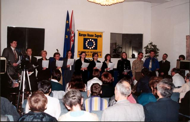 VP-choir.jpg