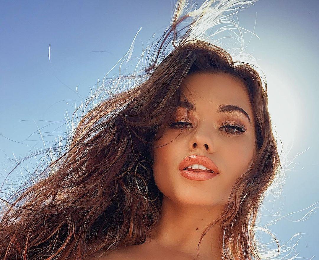Ariel-Yasmine-Wallpapers-Insta-Fit-Bio-6