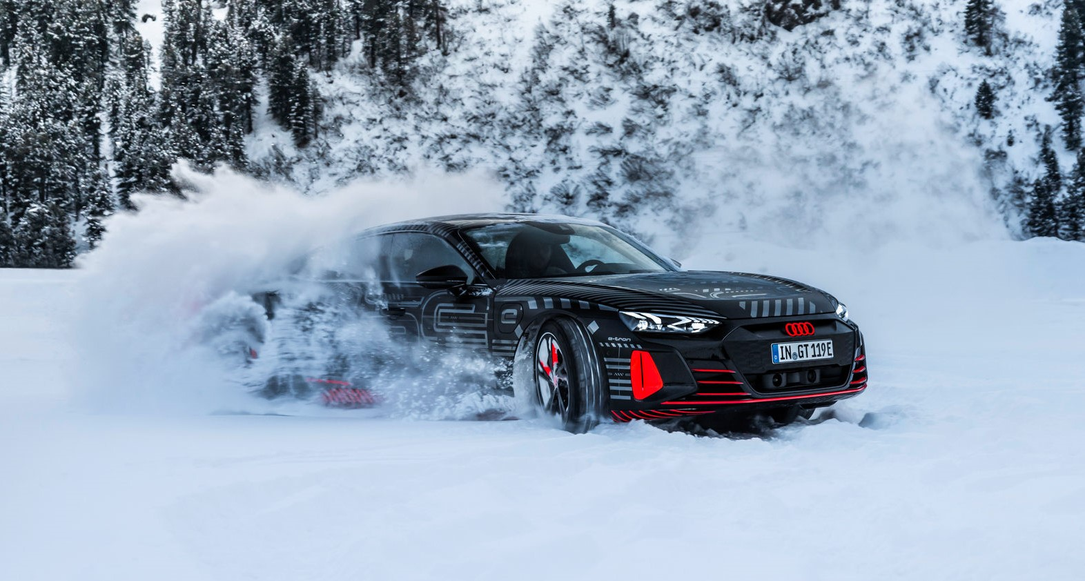 CIJENA 138.000 EURA?! Audi E-tron GT stiže 9. februara!