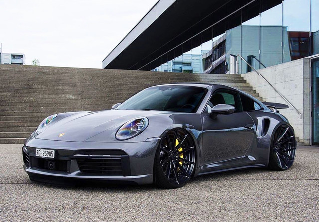 Dr-Knauf-Slammed-Aletered-Porsche-992-Turbo-Grey-2021