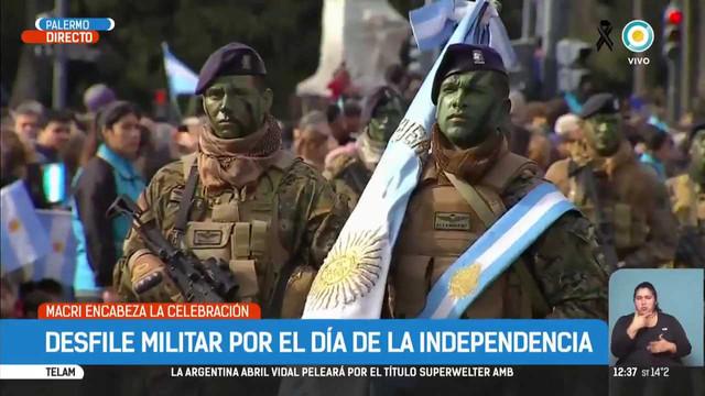 Mauricio-Macri-encabeza-el-desfile-del-9-de-Julio-TPANoticias-mp4-001106859.jpg