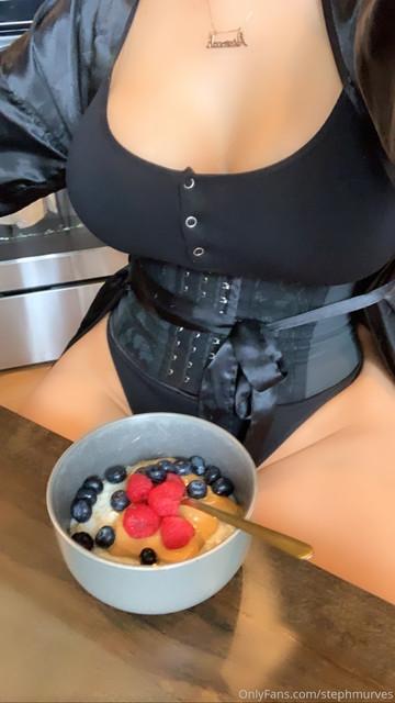 stephmurves-My-favorite-morning-treat-15078352