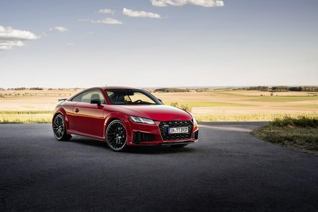 Accent sportif : l'Audi TTS competition plus A208503-medium