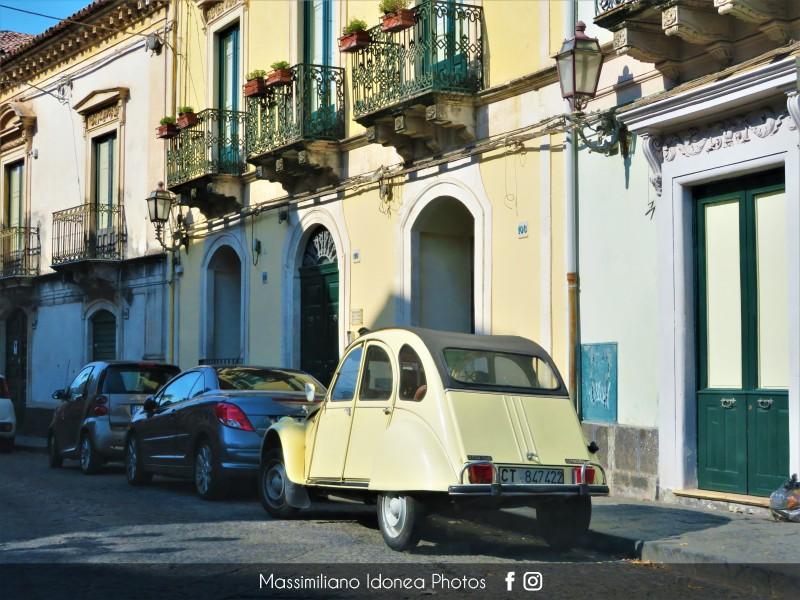 avvistamenti auto storiche - Pagina 33 Citroen-2cv6-Club-600-26cv-CT847422
