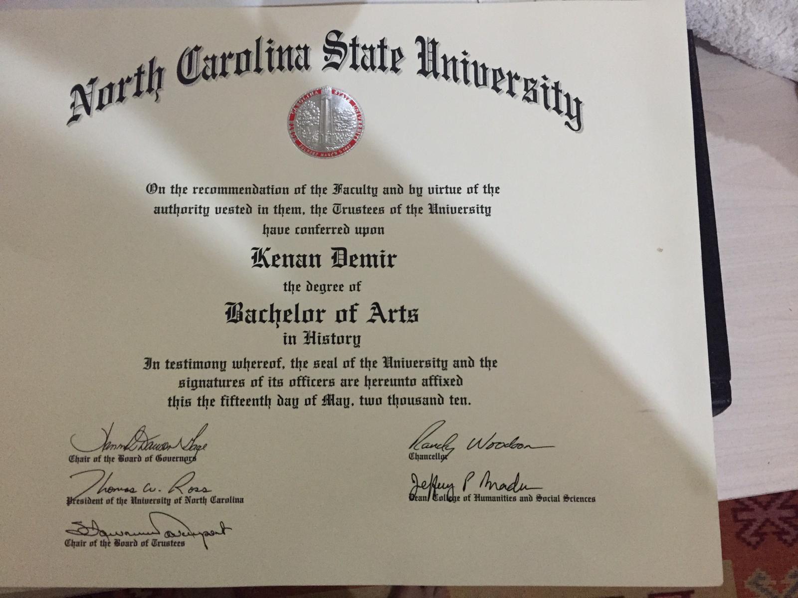 Kenan Demir diploma
