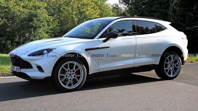 2019 - [Aston Martin] DBX - Page 10 27-C00-C17-2039-4-E97-BD5-B-8167-DD1-B9189