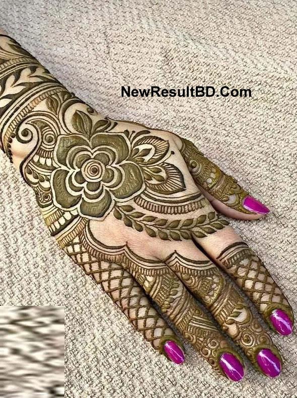 Women's Mehedi Design