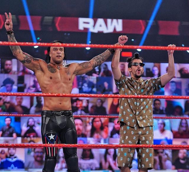 Damian Priest y Bad Bunny vencen a Angel Garza RAW 8 Febrero