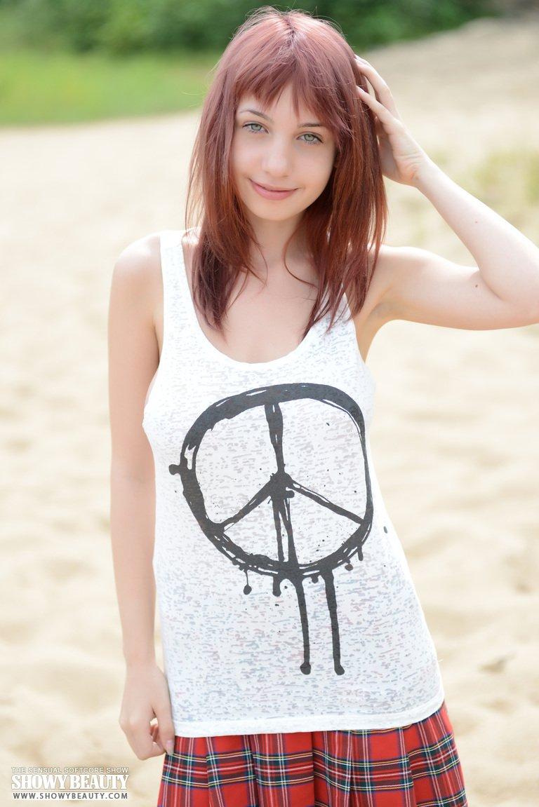 hot-xxx-photo-shoot-bikini-pics-and-without-dress-11