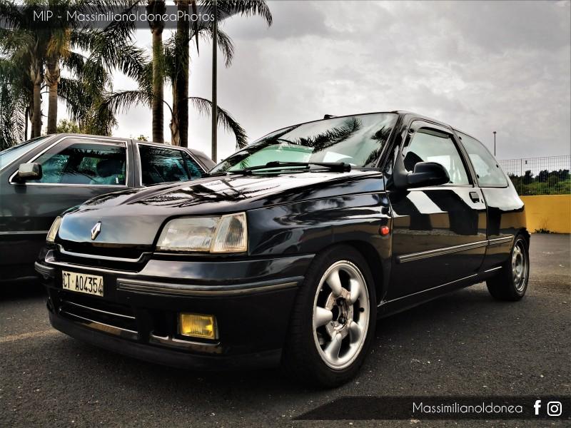 Parking Vintage - Pagina 5 Renault-Clio-16-V-1-8-137cv-92-CTA04354-4