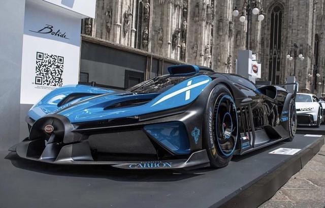2020 - [Bugatti] Bolide concept 0146-B6-E5-89-B8-4-EC0-9189-628-D31-B91694