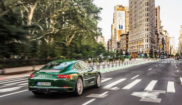 Porsche fête ses 70 ans en Amérique B-One-Millionth-911-NYC-008