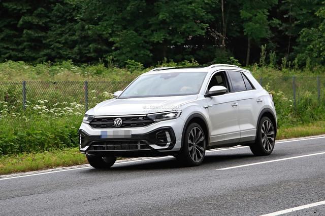 2022 - [Volkswagen] T-Roc restylé  98-A307-BC-005-D-476-A-B2-D3-4-B30718517-E1