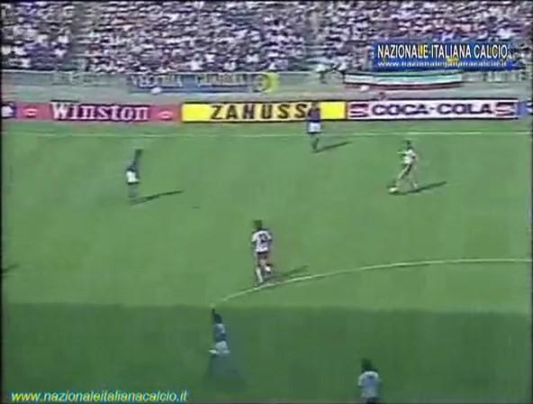 1982-07-08-WC-SF-Italy-vs-Poland-mkv-snapshot-00-01-01-2020-05-15-19-40-58