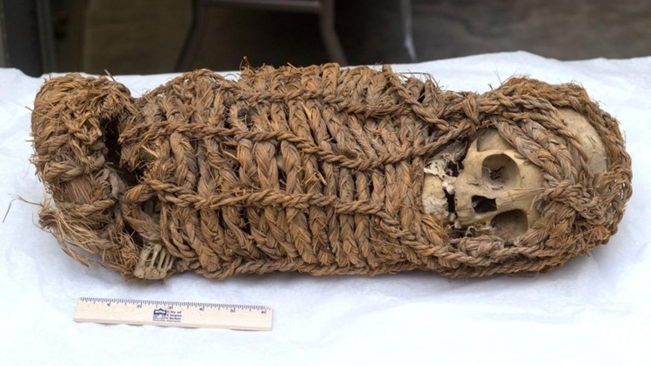 Perú recuperó la momia de un bebé de unos 2.000 años de antigüedad