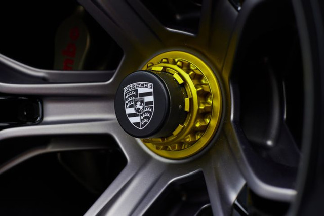 2021 - [Porsche] Mission R 6-D3-D3-B0-F-DD97-4-CC1-BA52-35-E27-A5-F55-A7