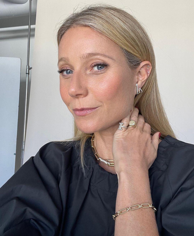 Gwyneth Paltrow lancia la sua nuova linea di gioielli