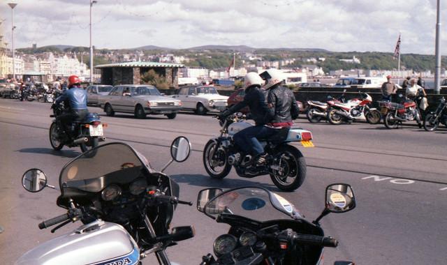 [Image: 1984-Douglas-Isle-of-Man-Bikers-on-the-Promenade.jpg]