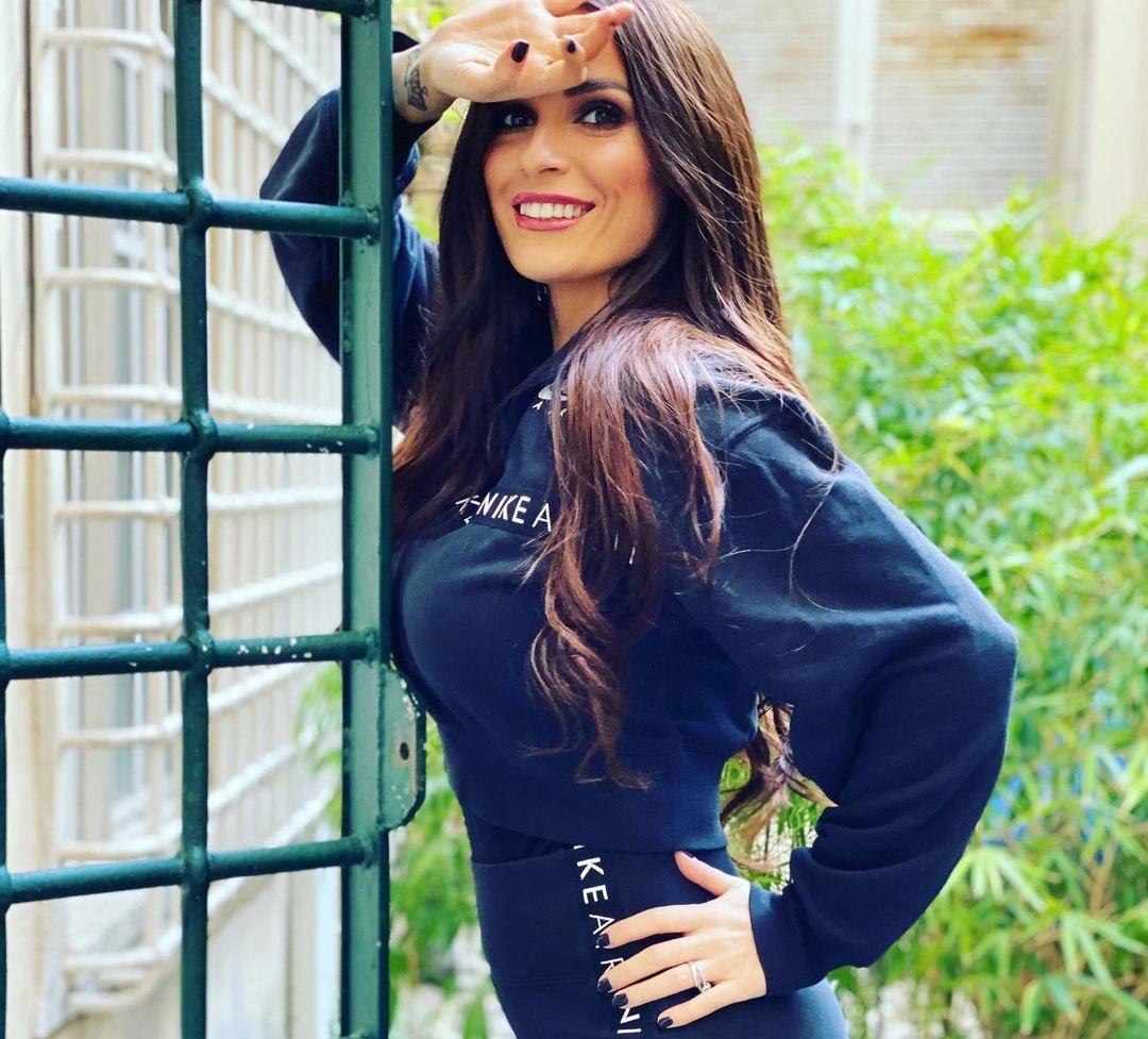 Alessia-Macari-Wallpapers-Insta-Fit-Bio-5