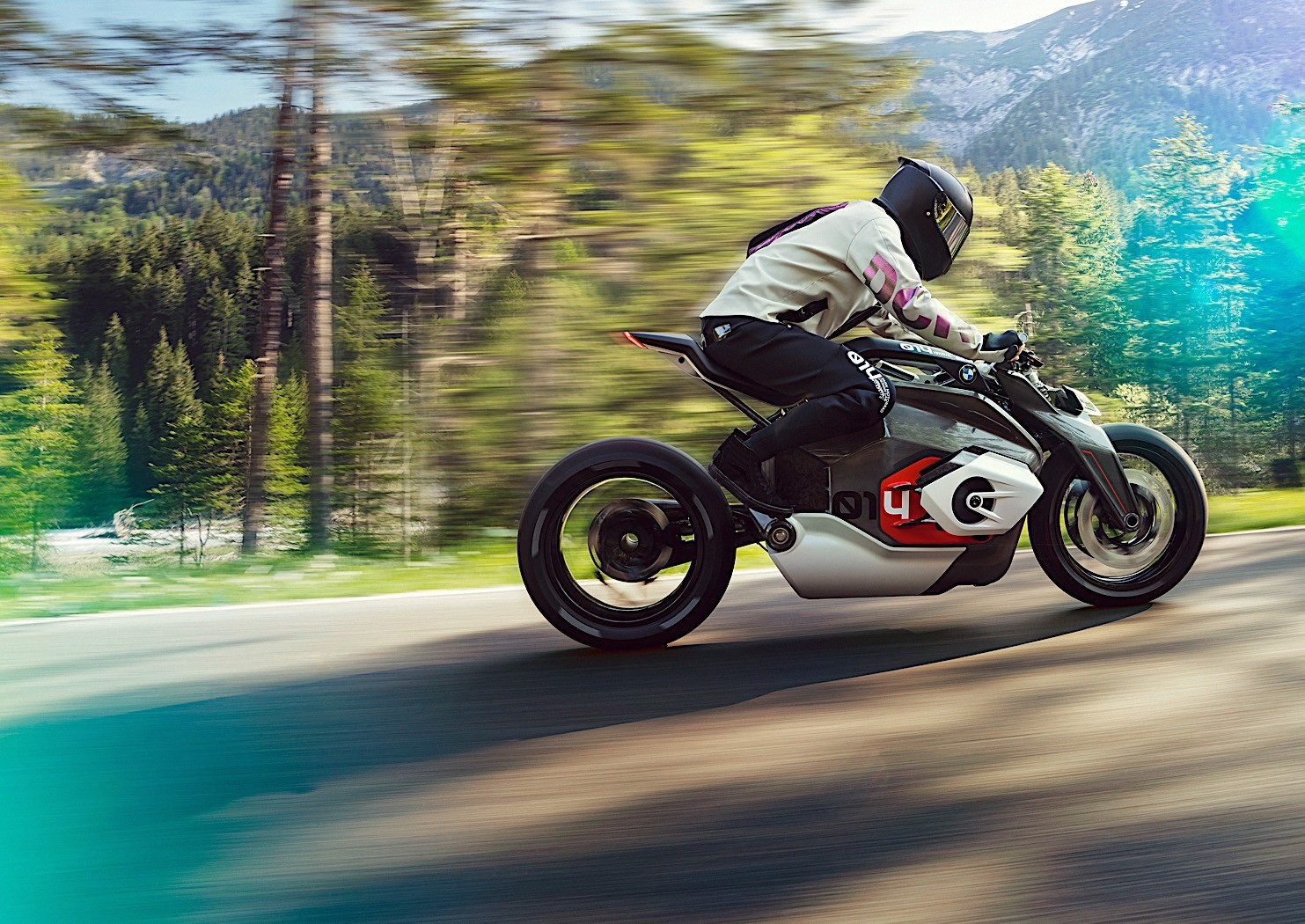 bmw-motorrad-goes-electric-with-naked-vision-dc-roadster-3