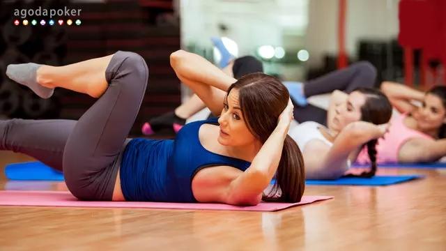 10 Manfaat Push Up dan Sit Up Setiap Hari untuk Kesehatan Tubuh