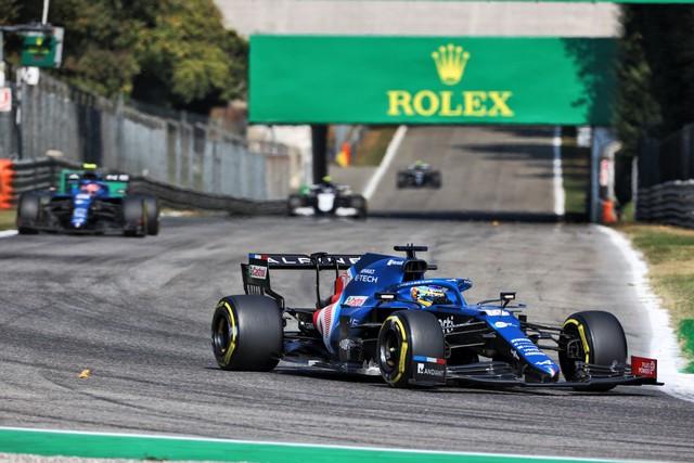 Alpine poursuit sa série d'entrées dans les points avec un double top dix à Monza Grand-Prix-d-Italie-2021-Alpine-A521-N14-Fernando-ALONSO-1
