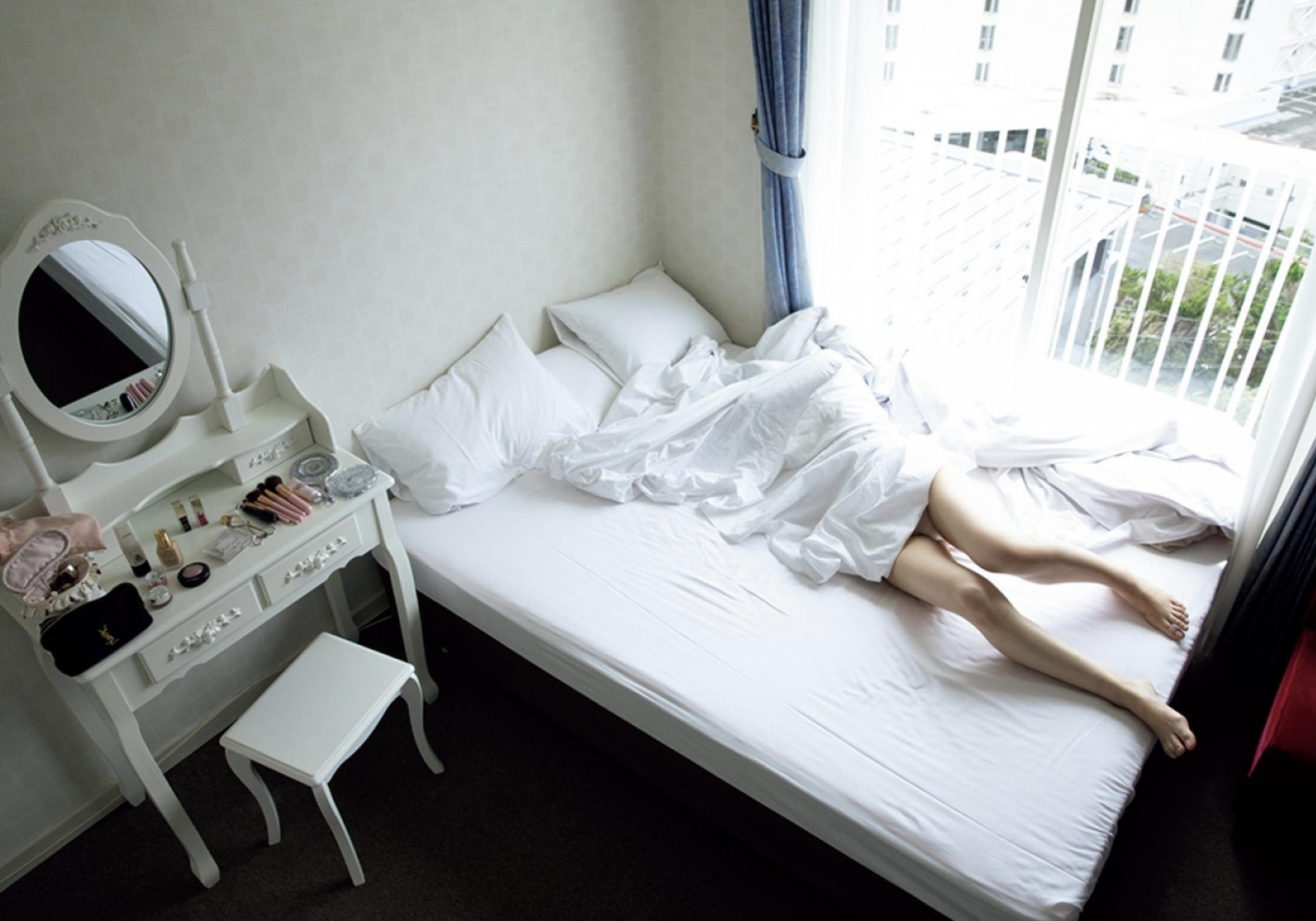 和田瞳 / 突如舞い降りた「ハダカの天使」初公開  完全フルヌード!!画像 010