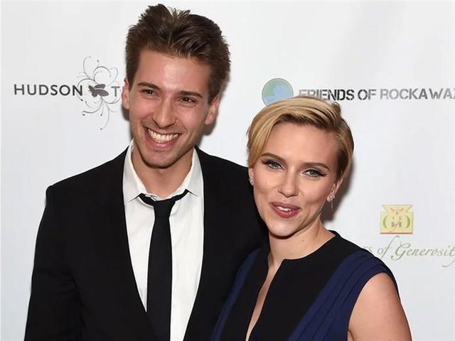 Scarlett-Johansson-hermano-gemelo