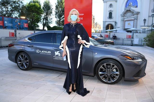 Lexus, voiture Officielle du 77e Festival International du Film de Venise Pls-4383-2020090261846844-2