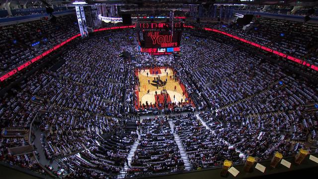 Game-7-Philadelphia-76ers-Toronto-Raptors-mkv-snapshot-00-03-34-2020-03-27-00-03-46