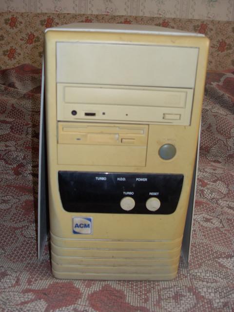 VLUU-L100-M100-Samsung-L100-M100